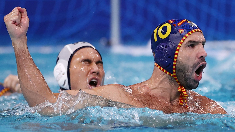 Felipe Perrone celebra uno de los tantos. (Reuters)