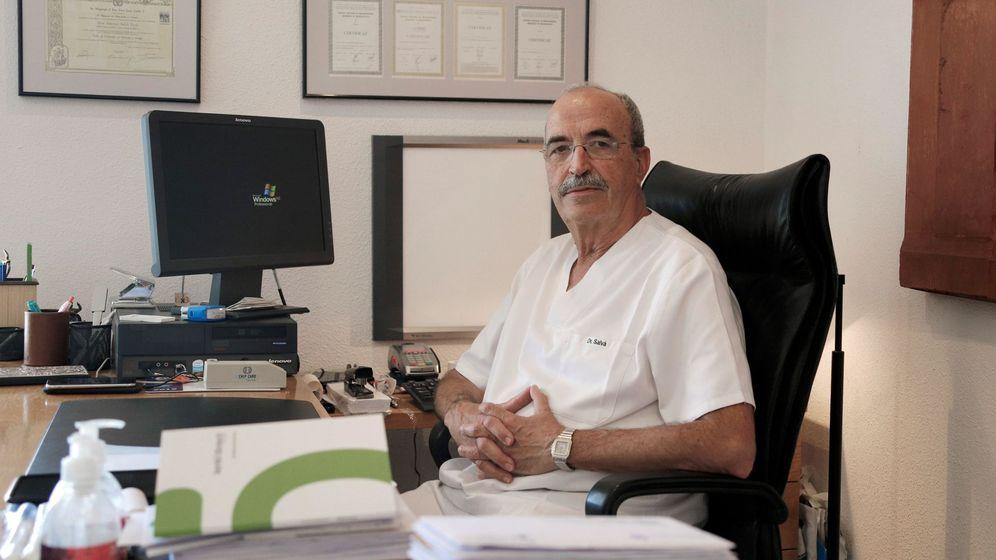 Foto: Antonio Salvá, padre del guardia civil Diego Salvá Lezaun, asesinado por ETA en julio de 2009. (EFE)