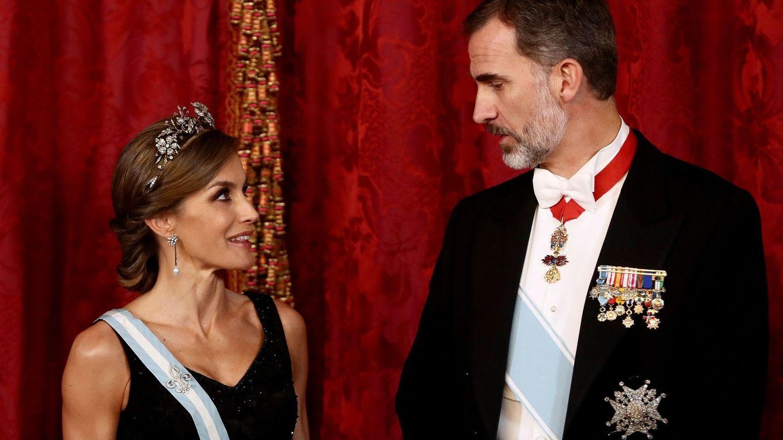 Foto: Los Reyes en el Palacio Real de Madrid. (Getty)