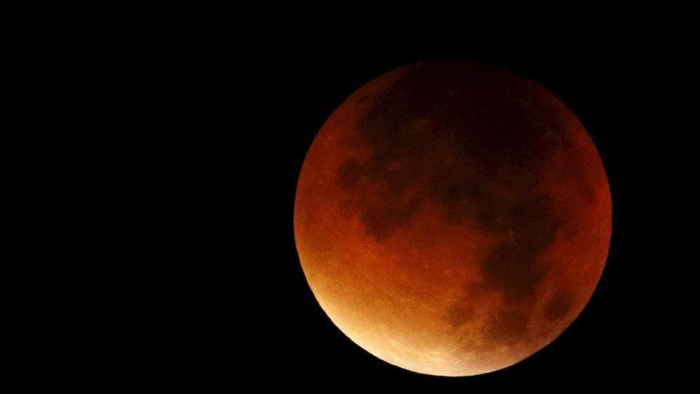 Foto: Supeluna roja vista en 2015 (Foto: Reuters)