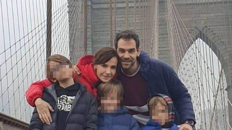 Jose Manuel Calderón, junto a su mujer y sus tres hijos. (Instagram @jmcalderon8)