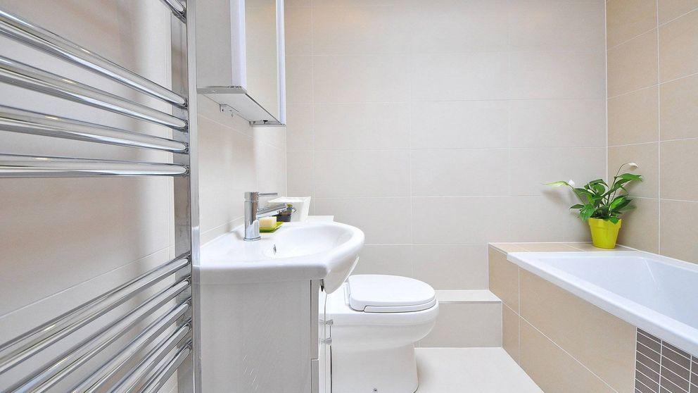 Cómo limpiar y desinfectar tu baño correctamente en menos de media hora