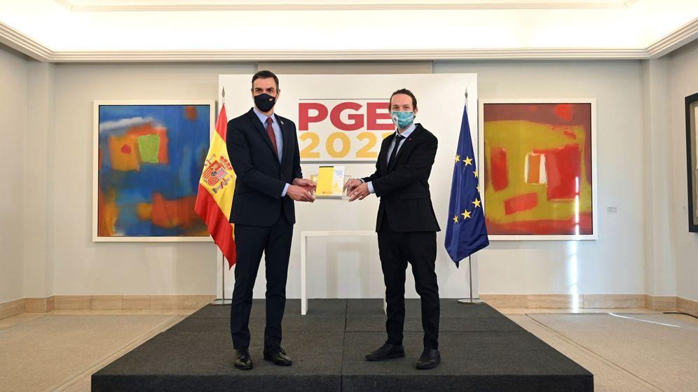 Foto: Pedro Sánchez y Pablo Iglesias presentan el proyecto de Presupuestos para 2021. (EFE)