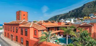 Post de Date tu primer baño en Garachico: es un pueblo isleño precioso y con hoteles que te encantarán