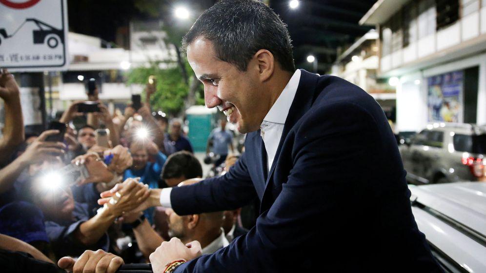 Foto: Juan Guaidó a su llegada a un mitín en Caracas (Reuters)