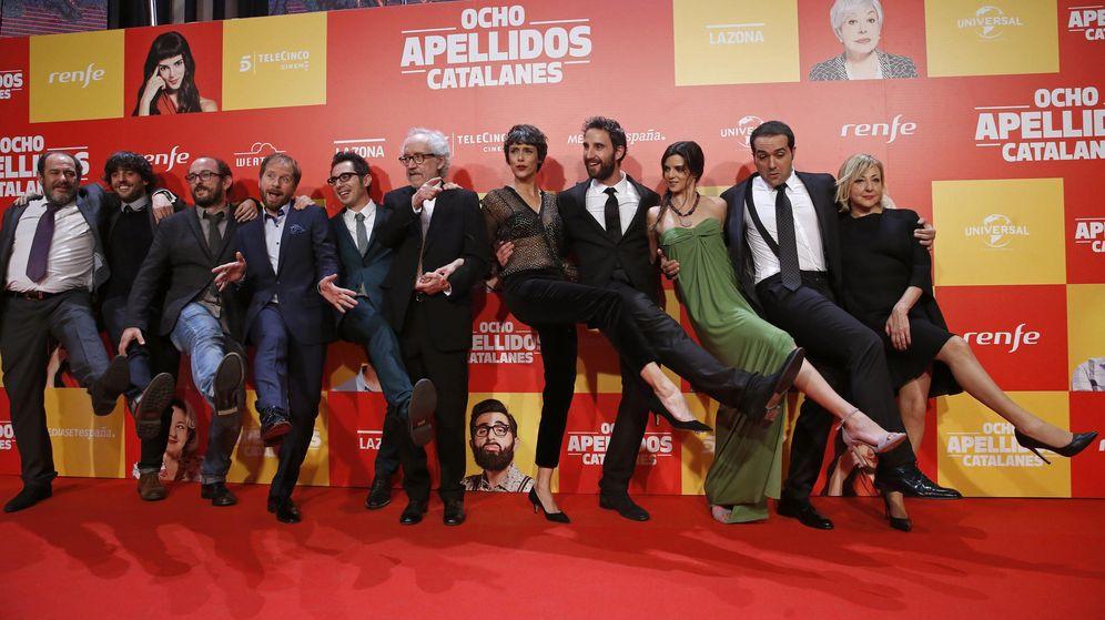 Foto: El equipo de 'Ocho apellidos catalanes', producida por Mediaset y distribuida por Universal (EFE)