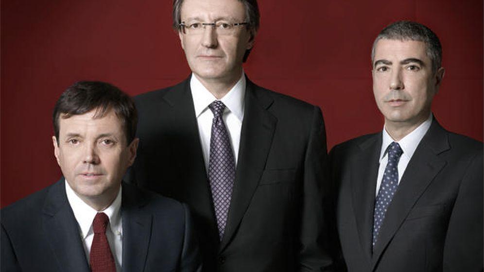Foto: De izquierda a derecha: Ramón Cierco, Higini Cierco y Joan Pau Miquel. (BPA)