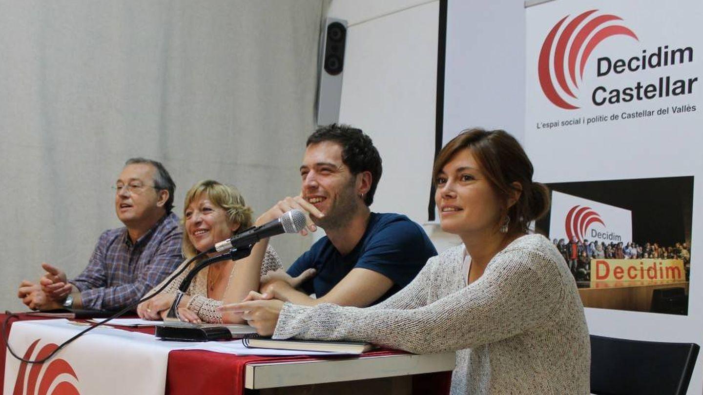 Alamany, junto a los otros tres ediles de Decidem Castellar, Jordi Uyà, Conxi Gracia, Joan Moyà. (DC)