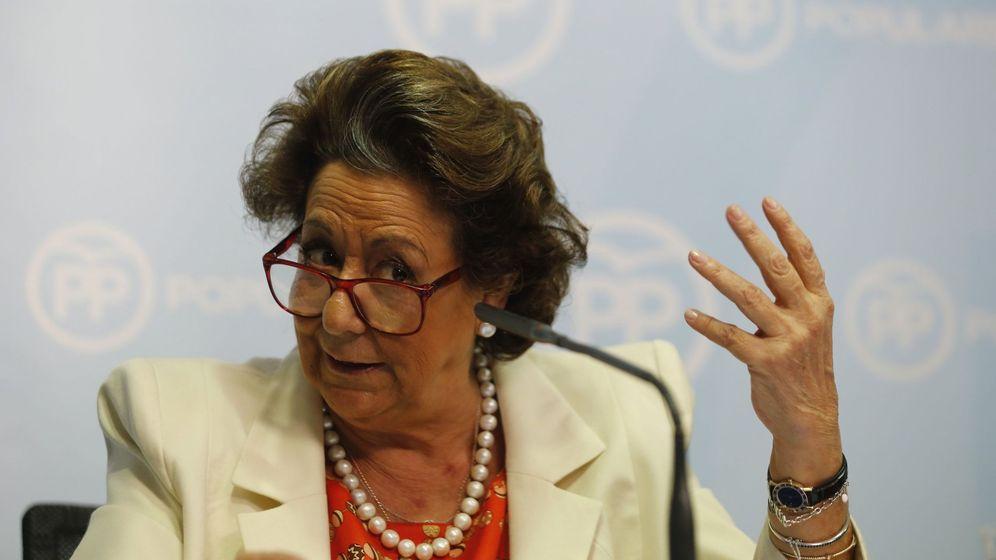 Foto: La exalcaldesa de Valencia, Rita Barberá, durante su comparecencia. (Efe)