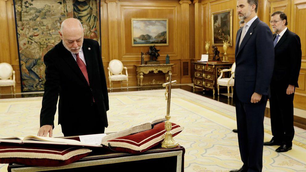 Maza promete su cargo como nuevo fiscal general ante Felipe VI y Mariano Rajoy