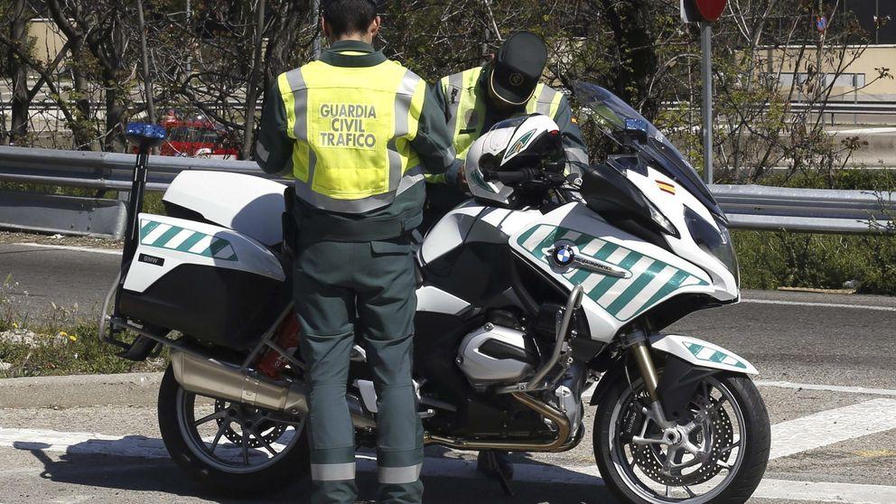 Un guardia civil evita dos multas poniendo como conductor a un muerto
