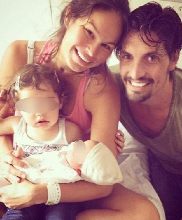 Foto: Mireia con Felipe y sus dos hijos (Instagram)