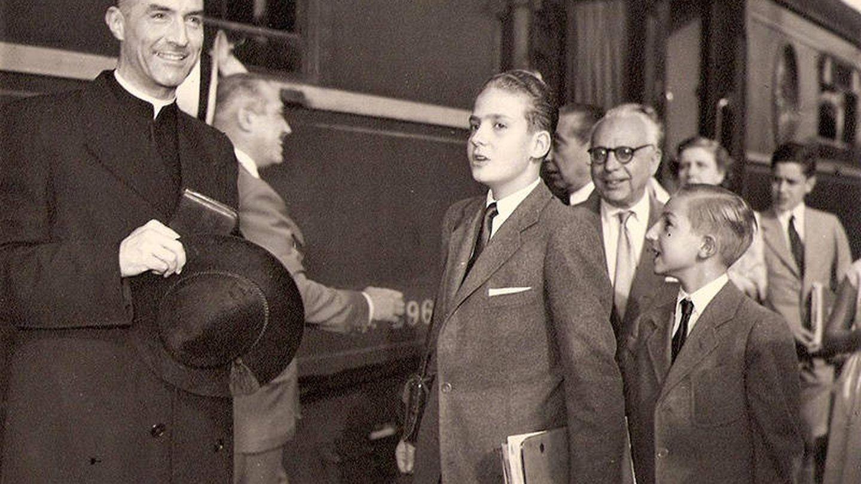 Juan Carlos, a su llegada a España, con 10 años, procedente de Portugal.
