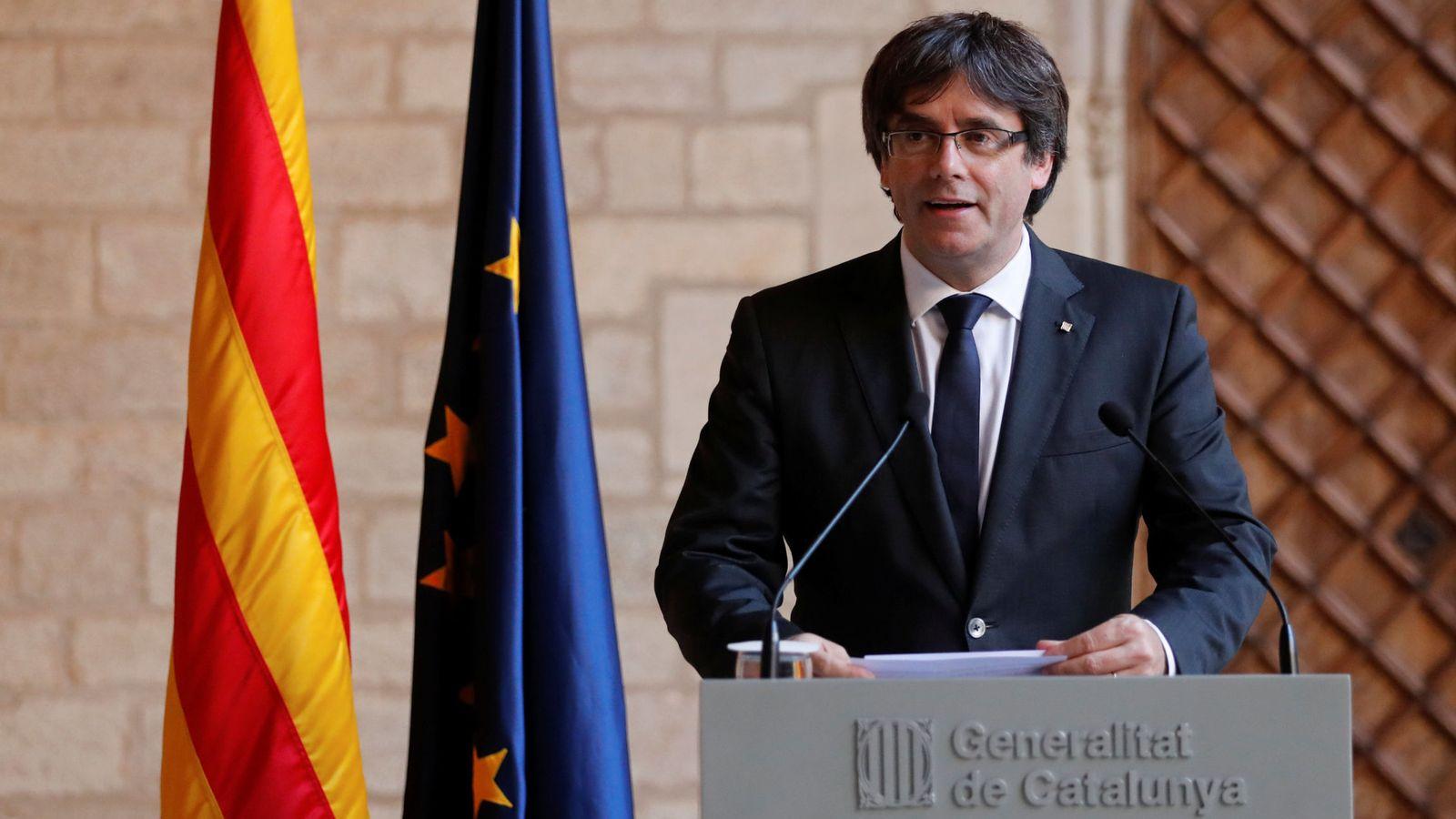 Foto: El presidente de la Generalitat, Carles Puigdemont, durante su comparecencia. (Reuters)