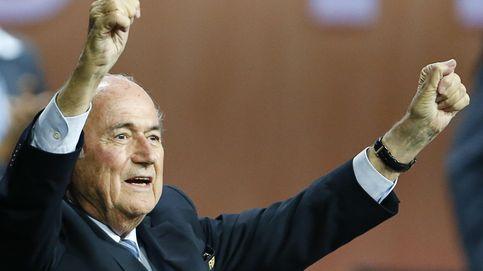 Blatter seguirá siendo durante 4 años el presidente de una FIFA bajo sospecha