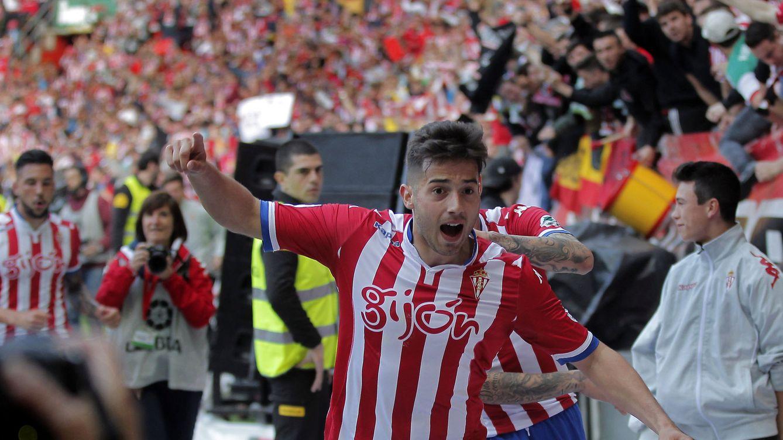 Foto: Jony celebra uno de los goles del Sporting. (EFE)