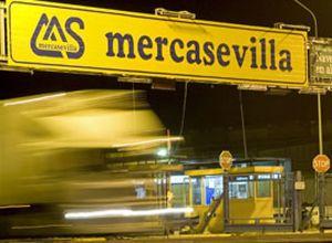 Mercasevilla pagó nóminas a cargos del PSOE que nunca trabajaron en la empresa