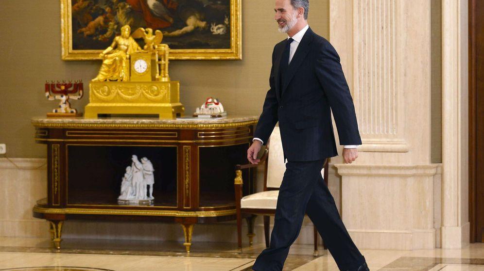 Foto: Felipe VI en el Palacio de la Zarzuela este viernes. (EFE)