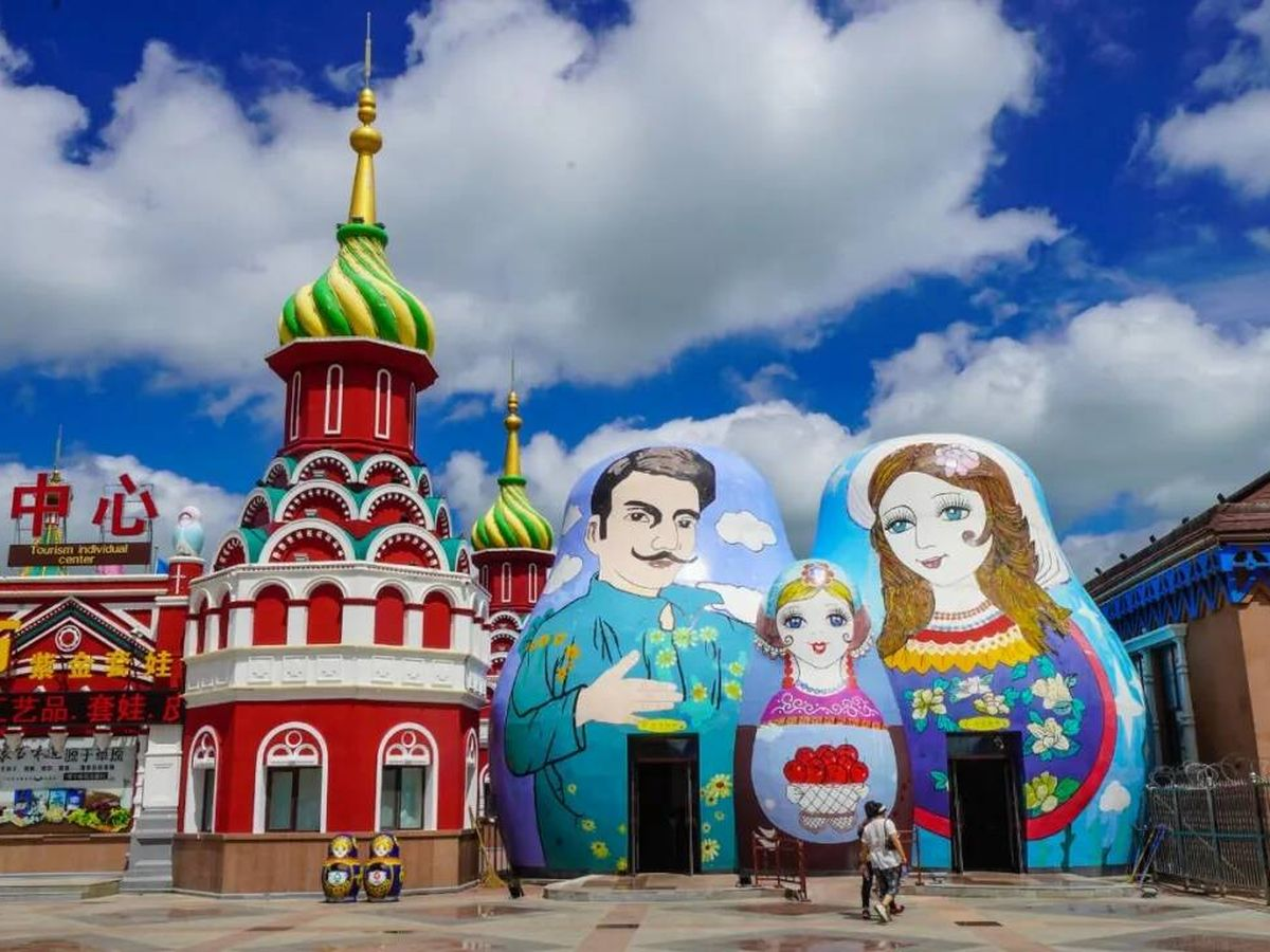 Foto: Manzhouli Matryoshka Hotel en Mongolia Interior. ( archcy.com)