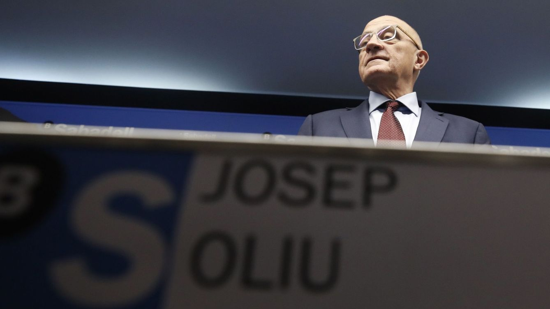 Banco Sabadell activa el plan B tras perder el tren de Bankia y Caixabank