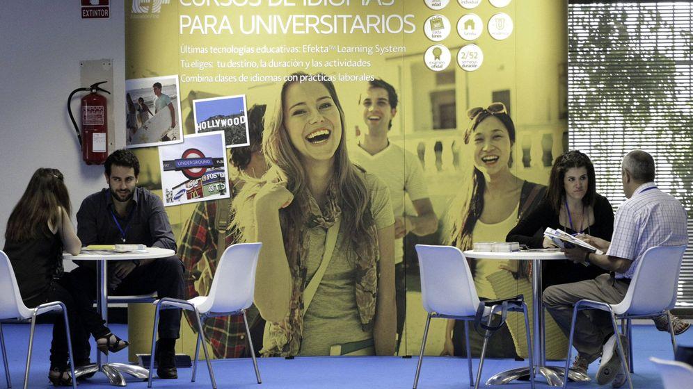 Foto: Feria Expo Empleo en el Palacio de Congresos de Madrid. (EFE)