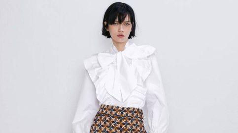 Este pantalón de estampado geométrico es todo lo que necesitas para volver a la oficina