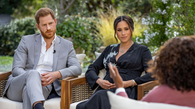 El príncipe Harry y Meghan Markle, en la entrevista con Oprah Winfrey. (Reuters)