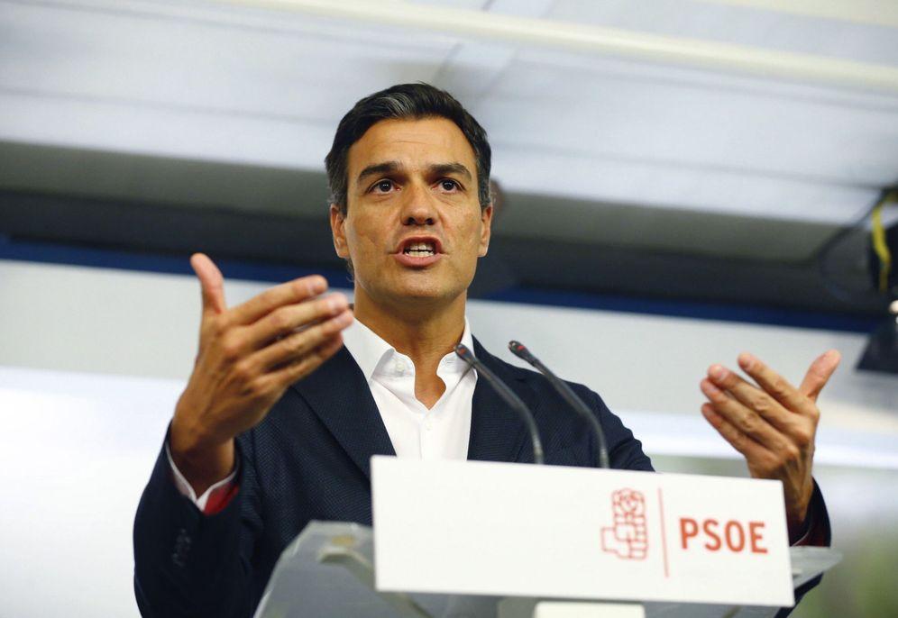 Foto: Pedro Sánchez, durante su rueda de prensa posterior a la reunión de la permanente de la ejecutiva federal, este 5 de septiembre en Ferraz. (EFE)
