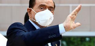 Post de Berlusconi recibe el alta tras superar el covid: