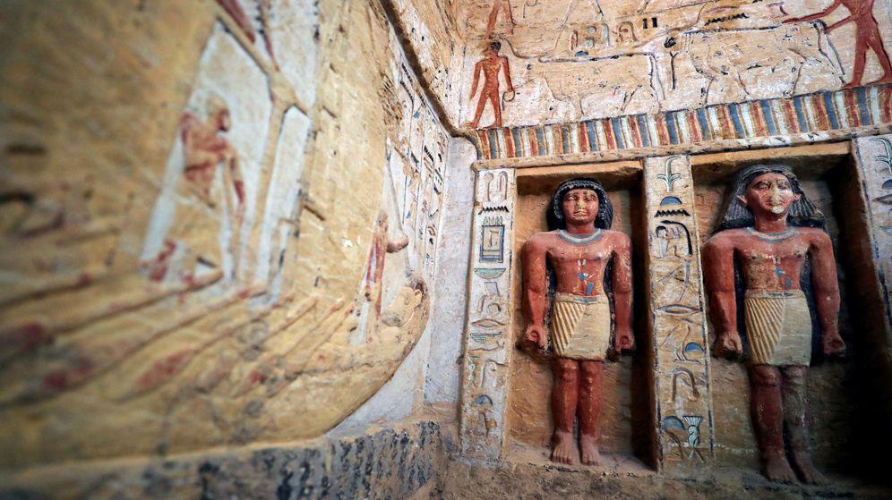 Foto: Docenas de estatuas se encuentran en el interior de la tumba (Reuters/Mohamed Abd El Ghany)