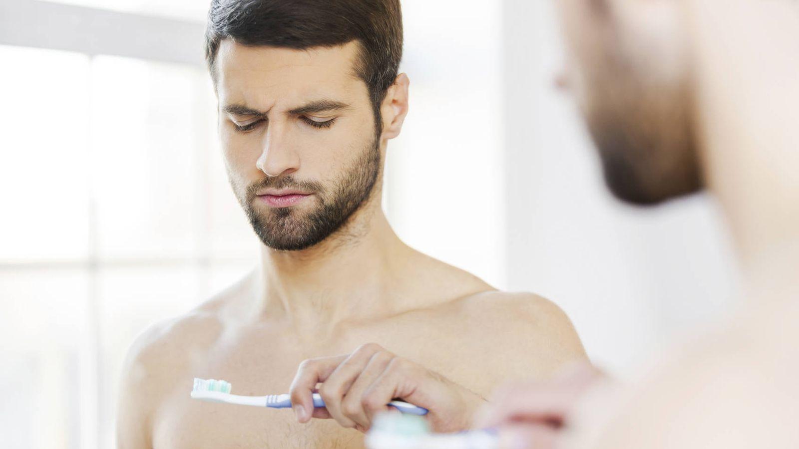 Sanidad pública  Llevas toda la vida lavándote mal los dientes  así es como  se hace 09ec244d4c4f