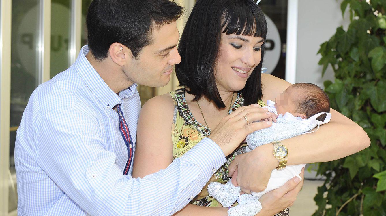 Foto: Juan Pablo Lauro e Irene Villa en la presentación en sociedad de su primer hijo (Gtres)
