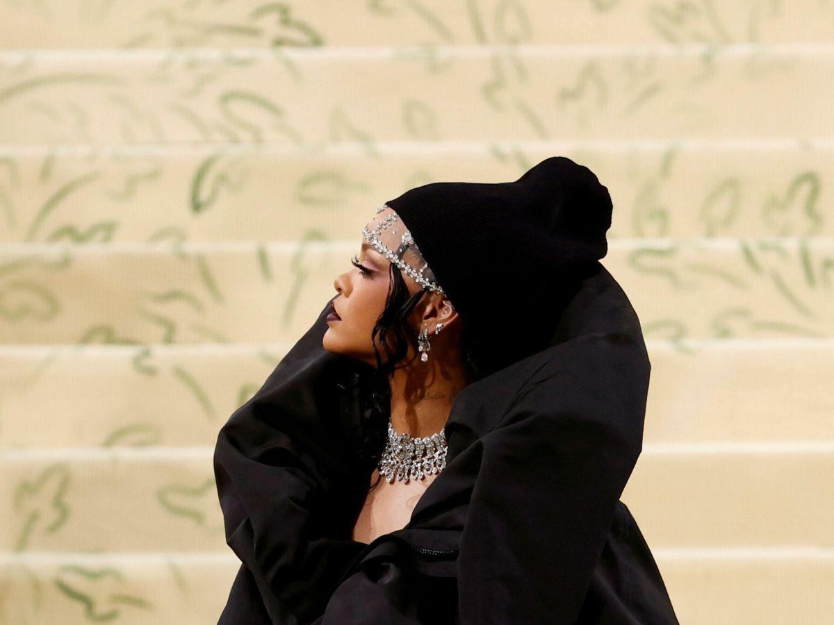 Foto: Rihanna, en su entrada al MET. (Reuters)