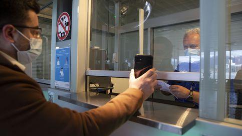 Bruselas presentará este mes el 'pasaporte de vacunación' clave para salvar el verano