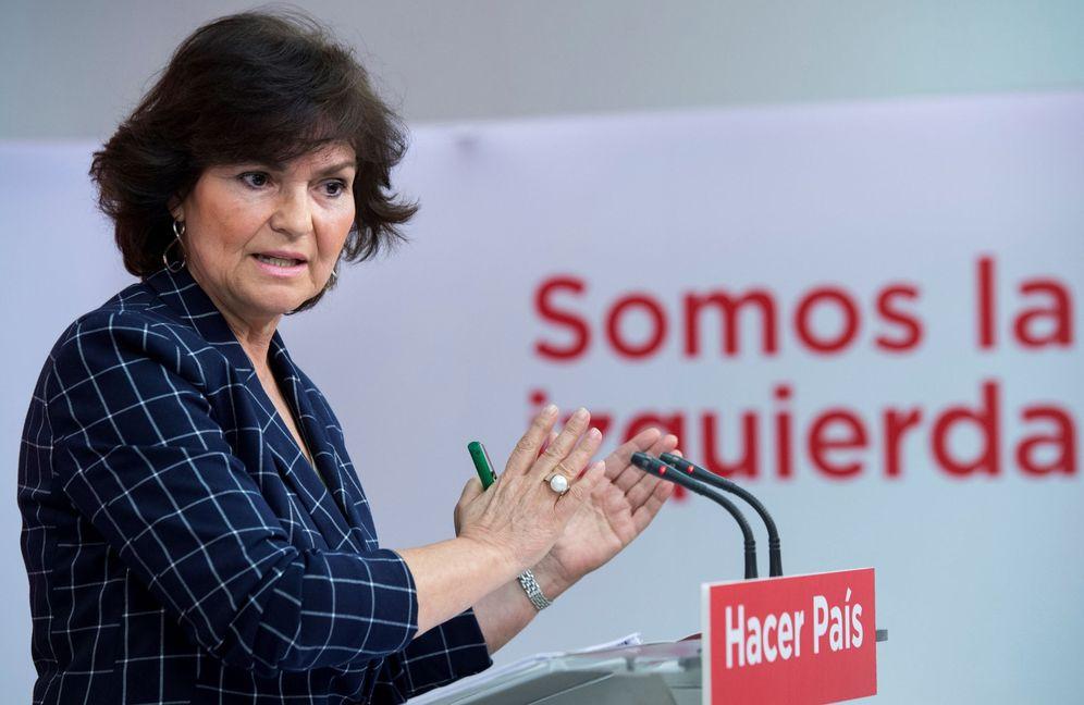 Foto: Carmen Calvo, secretaria de Igualdad de la ejecutiva socialista, en rueda de prensa este 19 de febrero. (EFE)