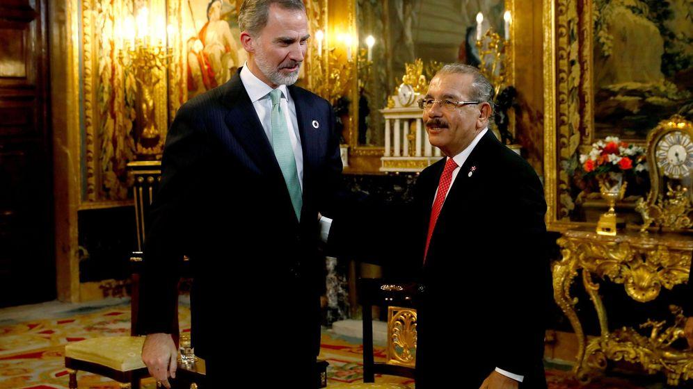 Foto: El rey Felipe Vi (i) recibe al presidente de la República Dominicana, Danilo Medina. (EFE)