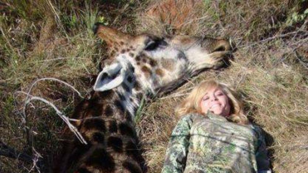 La cazadora más odiada de la Red justifica la muerte de la jirafa