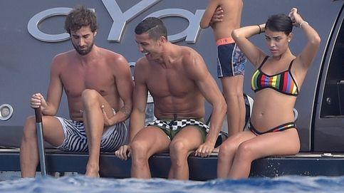 La policía aduanera aborda el yate de Cristiano Ronaldo en Formentera