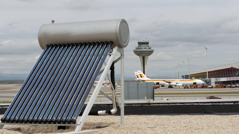 Placas fotovoltaicas del aeropuerto Madrid-Barajas Adolfo Suárez.