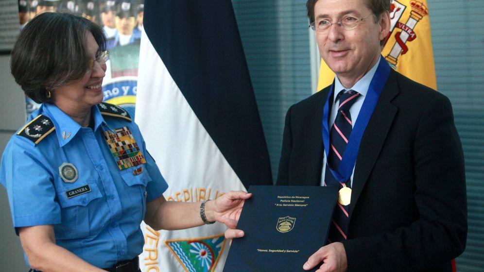 Foto: Gonzalo Robles durante la firma de un acuerdo de Cooperación entre España y Nicaragua.