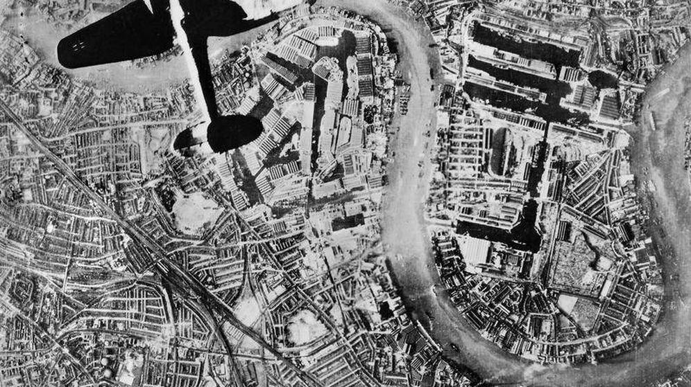 Foto: Bombardeo sobre Londres.