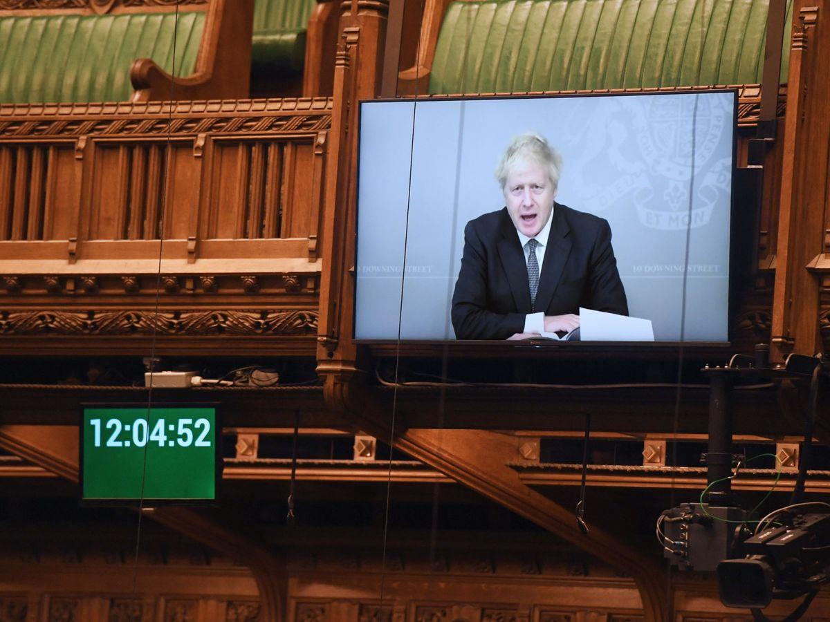 Foto: Johson comparece de forma remota en el Parlamento. (Reuters)