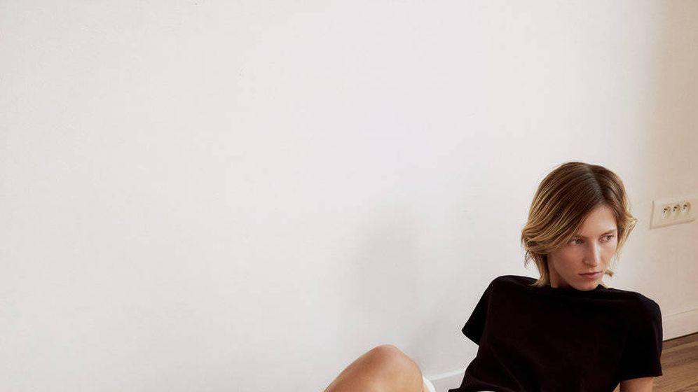 Foto: La falda de Uterqüe que arrasa entre las estilistas. (Cortesía)