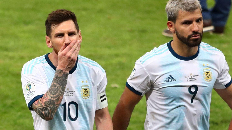 Messi y Agüero, tras perder la semifinal de la Copa América 2019 contra Brasil. (Reuters)