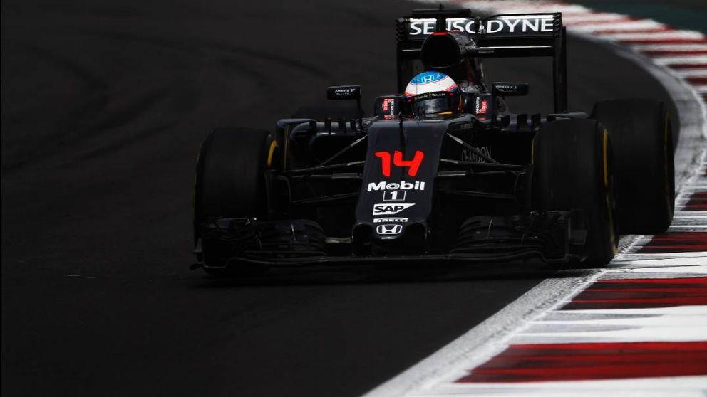 El sopor de este McLaren: Alonso mira el reloj para ver si termina la jornada