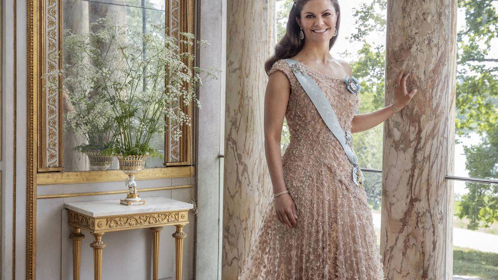 Victoria de Suecia tira de reciclaje y de H&M para la boda de su mejor amiga