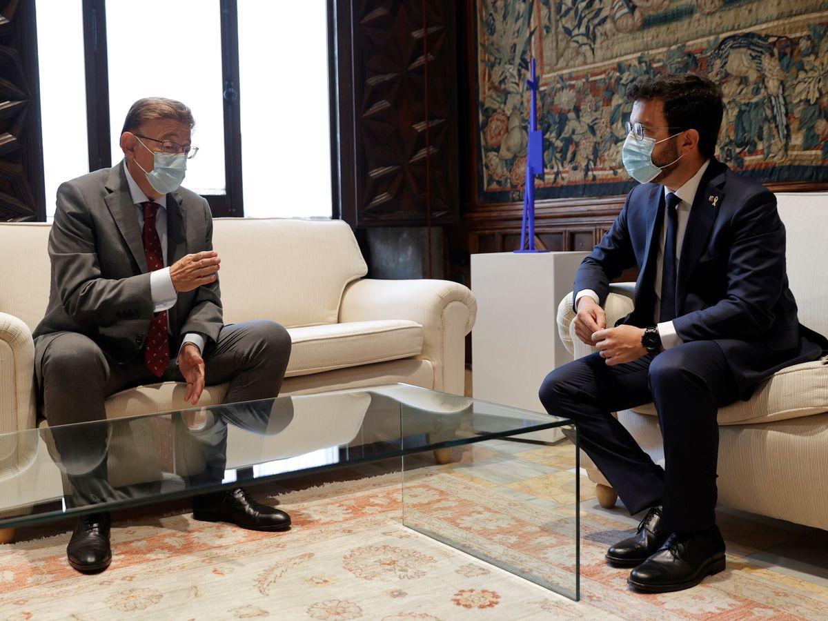 Foto: Ximo Puig y Pere Aragonès, en el Palau de la Generalitat. (EFE)