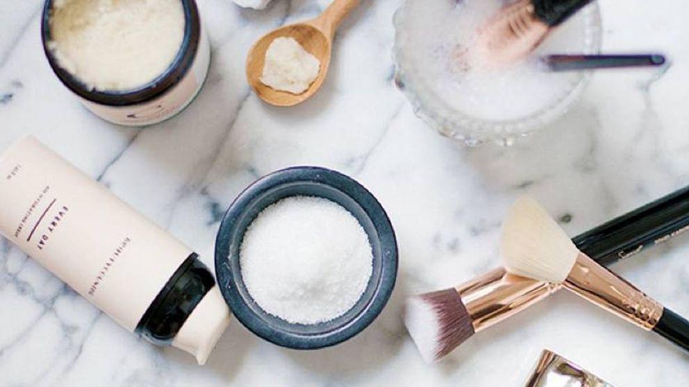 El contouring ha muerto: lo último en trucos de maquillaje se llama whisking
