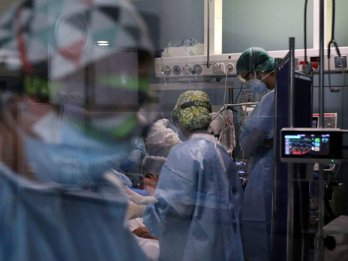 Foto: UCI en el Hospital del Mar, Barcelona. (Reuters)