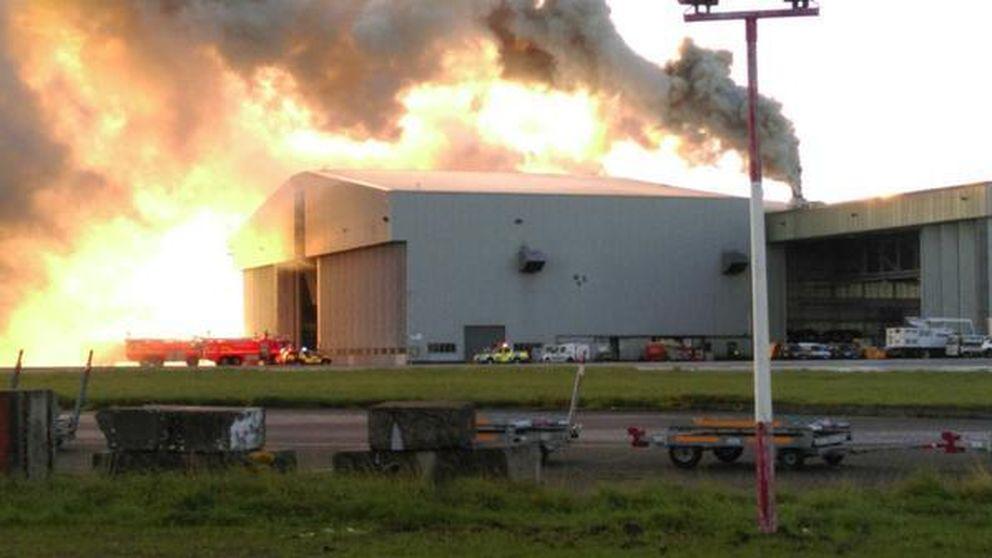 Un incendio obliga a suspender todos los vuelos en el aeropuerto de Dublín
